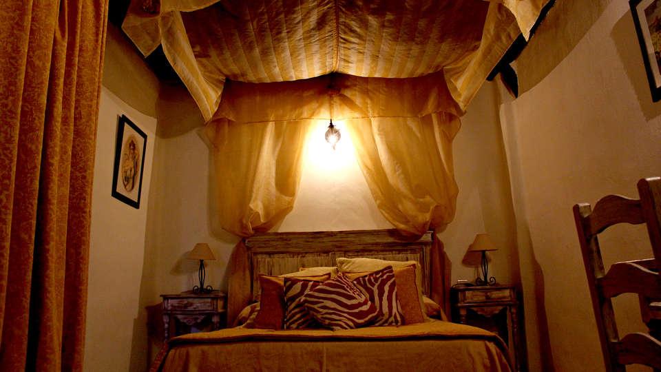 Hotel Rural Los Jarales (Adults Only) - Edit_Room4.jpg