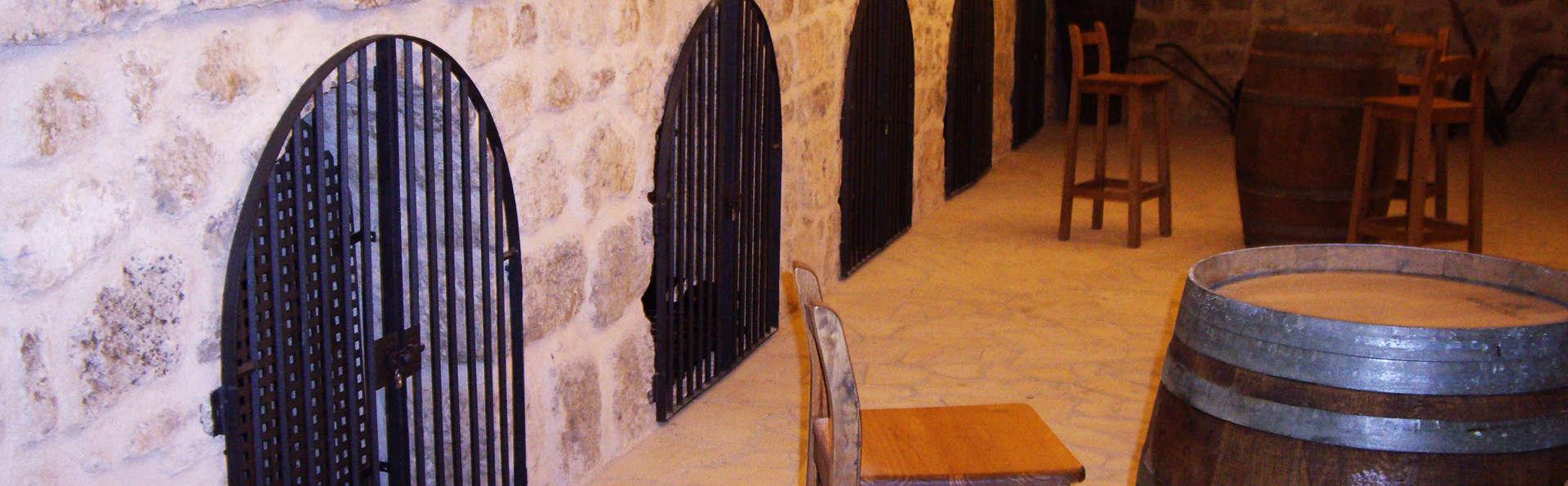 Hotel Rural Pago de Trascasas - EDIT_winerie.jpg