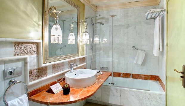 Hotel Sacristia de Santa Ana - Bathroom