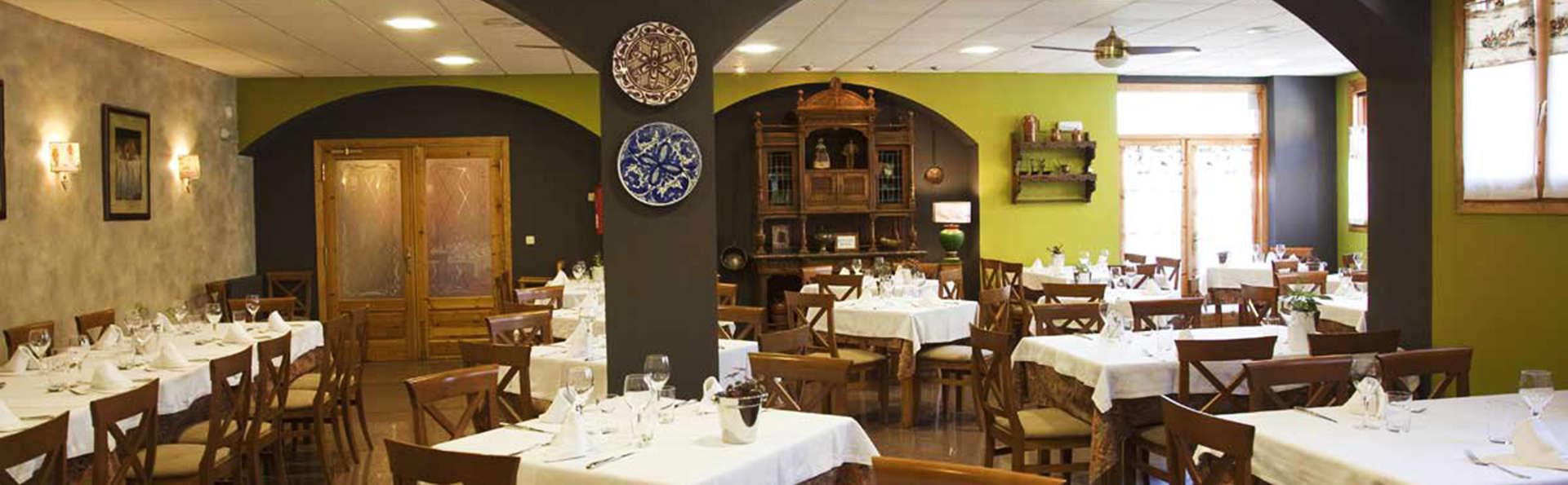 Hotel Sabocos - EDIT_restaurant.jpg