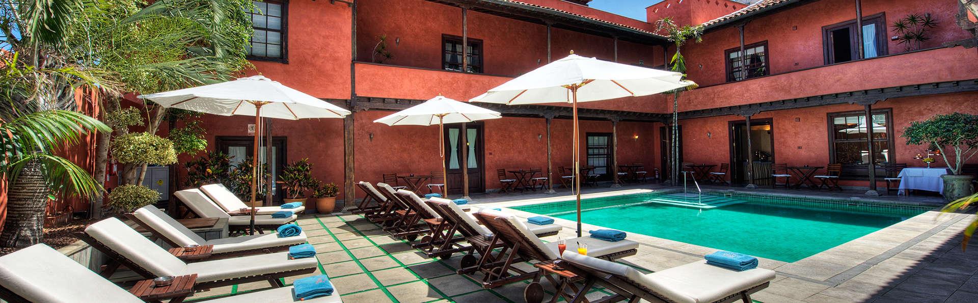 Hotel San Roque - EDIT_pool2.jpg