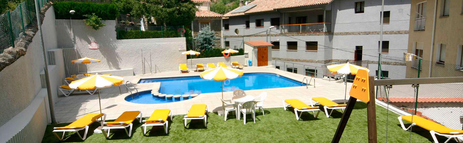 Hotel Sant Antoni - EDIT_pool1.jpg