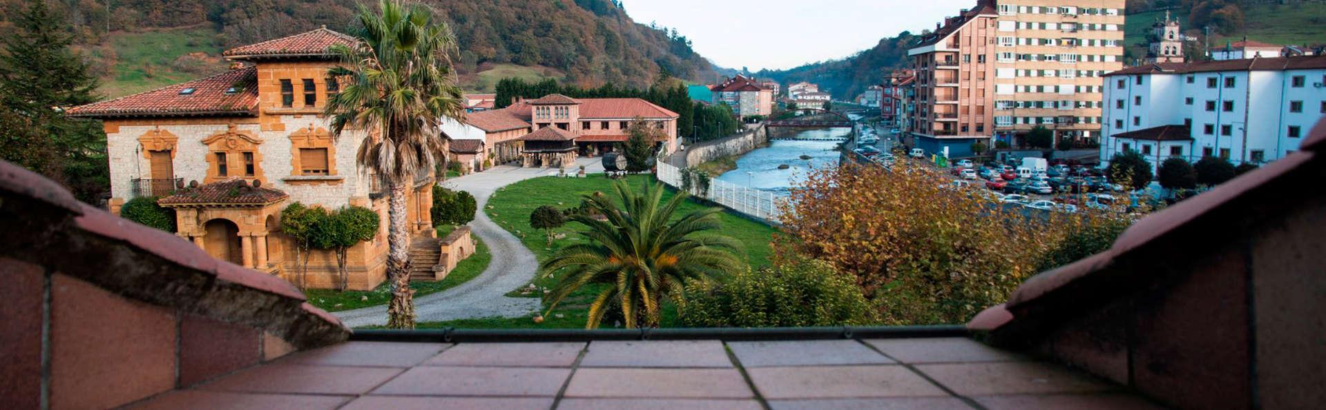 Hotel Santa Cruz - EDIT_view.jpg