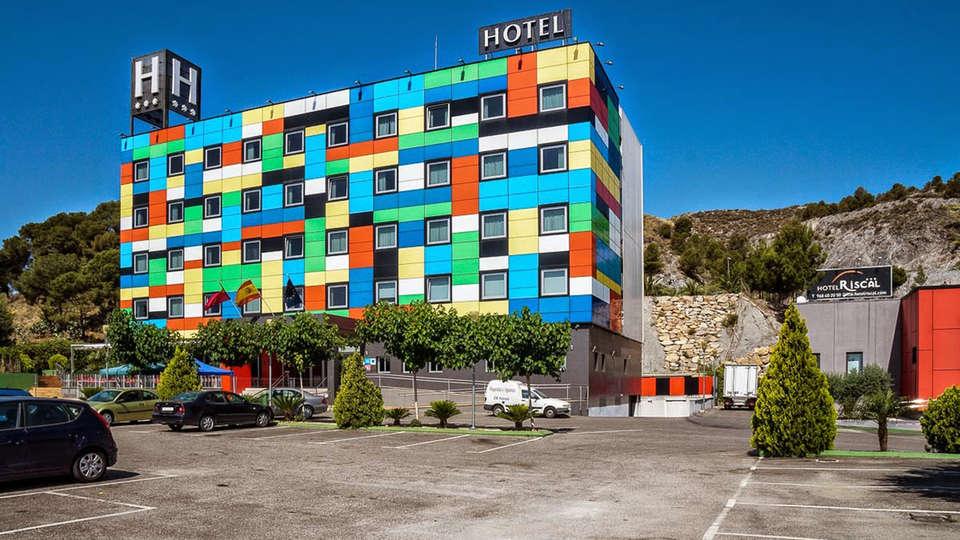 Hotel Sercotel  Riscal - EDIT_front4.jpg