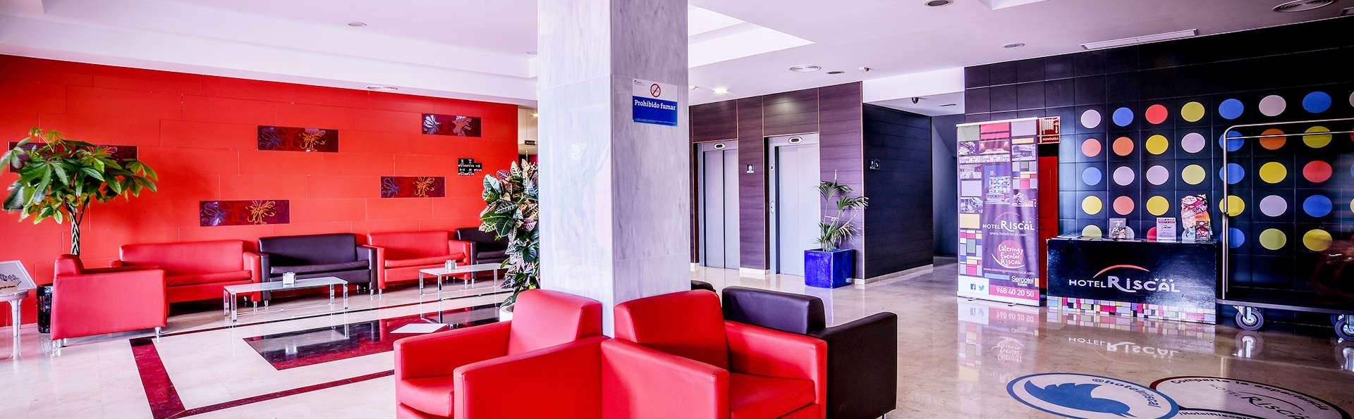 Hotel Sercotel  Riscal - EDIT_hall1.jpg