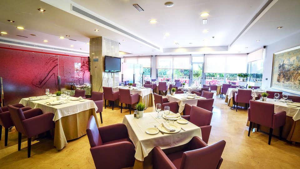 Hotel Sercotel  Riscal - EDIT_restaurant1.jpg