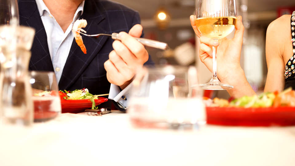 Hotel Sol Costa Daurada - Edit_Restaurant3.jpg