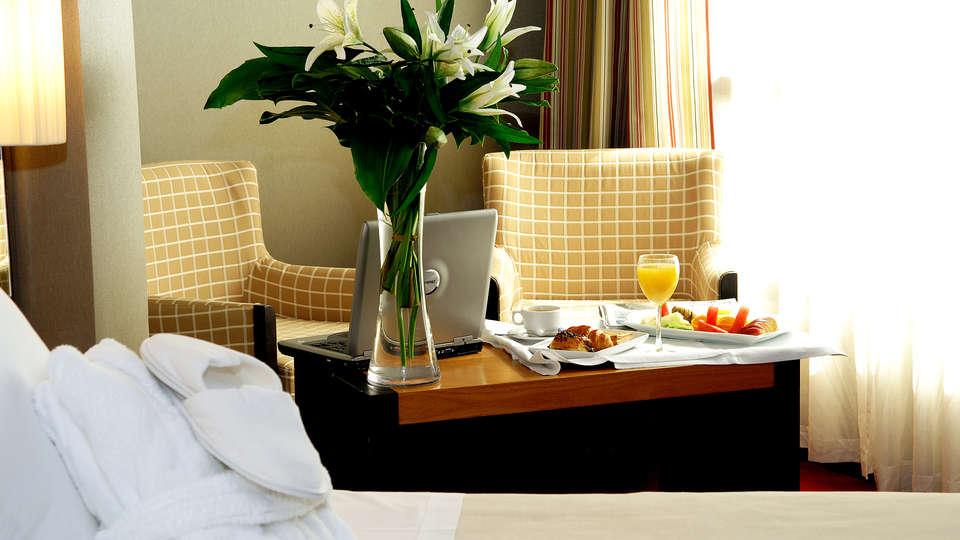 Hotel Sercotel Princesa de Éboli - EDIT_room.jpg