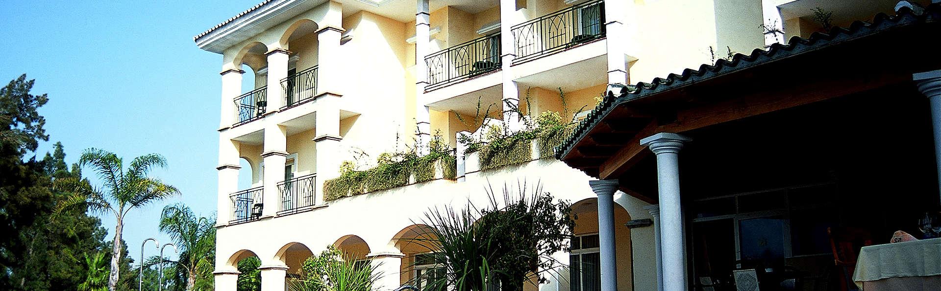 Hotel Tamisa Golf - Edit_front.jpg