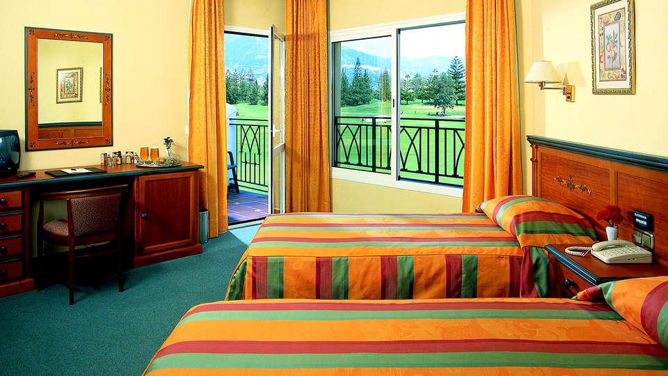 Hotel Tamisa Golf - Edit_Room.jpg