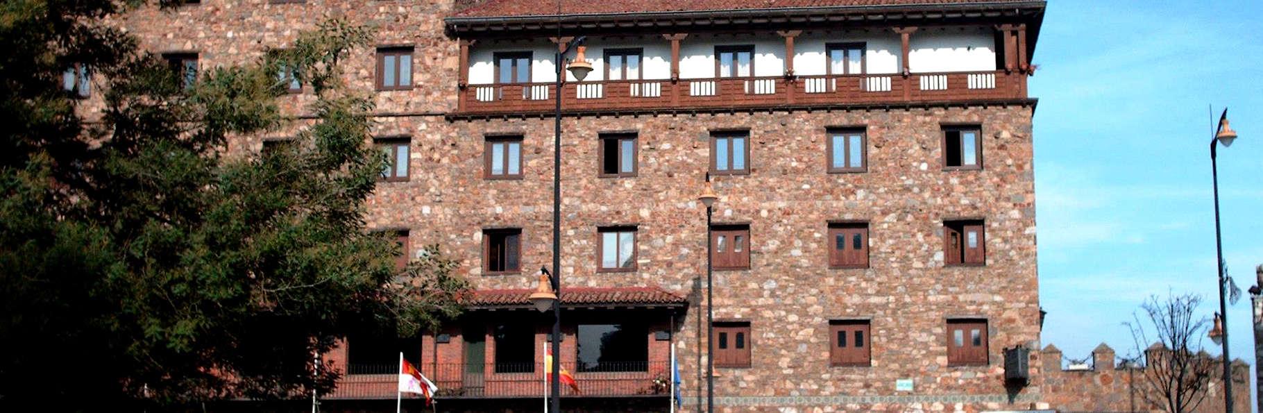 Hotel Temple Ponferrada - Edit_Front.jpg
