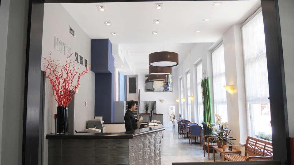 Hotel Subur - EDIT_reception.jpg