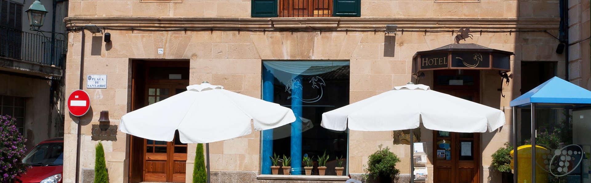 Hotel Son Sant Jordi - EDIT_terrace.jpg