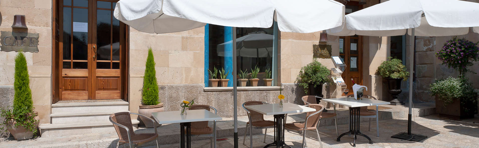 Hotel Son Sant Jordi - EDIT_terrace1.jpg