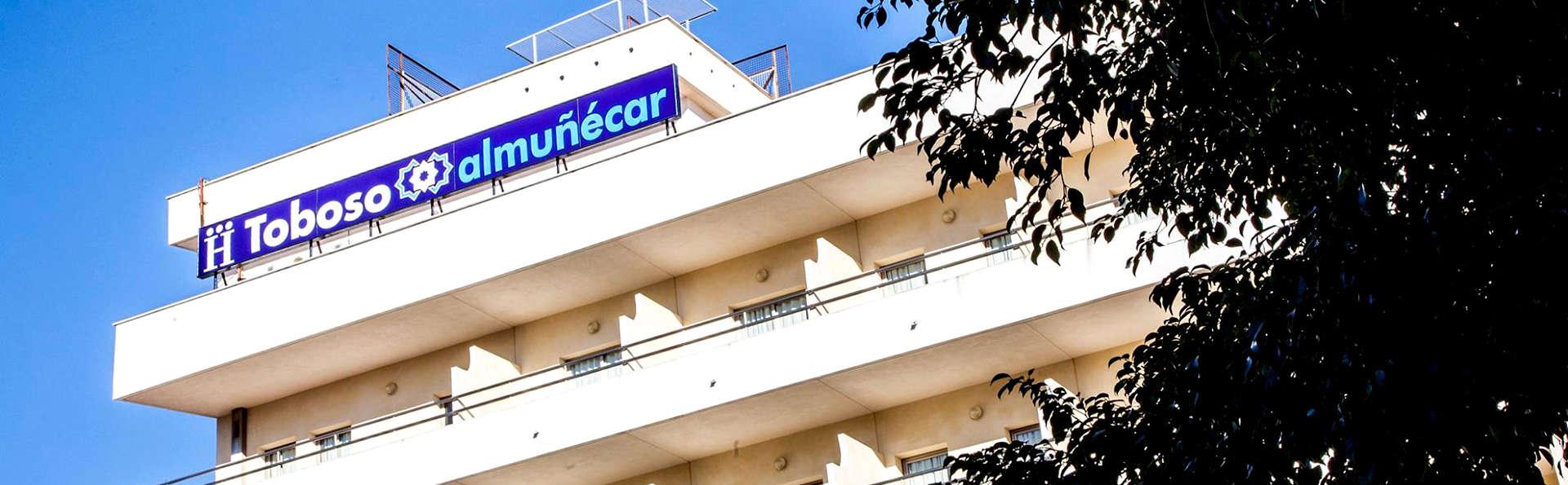 Hotel Toboso Almuñécar - Edit_Fronjt.jpg
