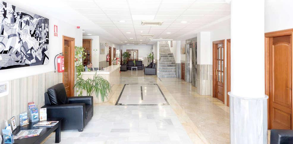 Hotel Icon Foyer : Hotel toboso almuñécar almuñecar espagne