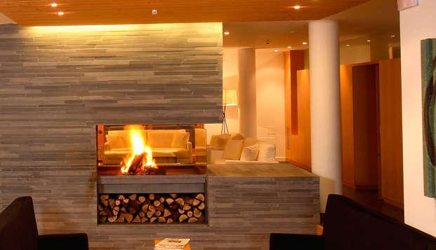 Relaxez-vous dans les Pyrénées de Huesca: accès au spa, dîner et hébergement enfant (àpd 2 nuits)