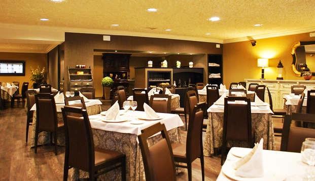 Lujo y gastronomía en un exclusivo hotel de Lugo con degustación de ibéricos (desde 2 noches)