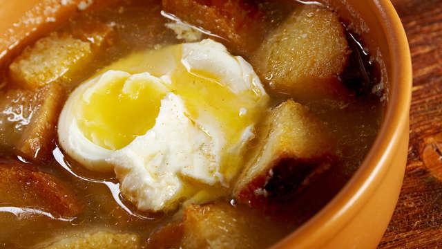 Escapada gastronómica burgalesa: Siéntete como un rey con esta sopa castellana  (desde 2 noches)