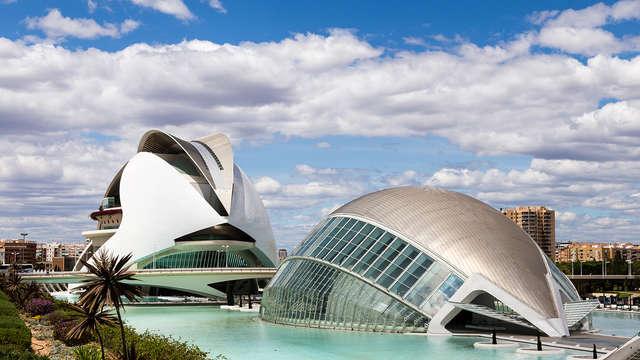 Ontdek Valencia vanuit een viersterrenhotel dichtbij de Feria