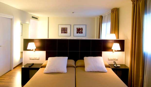 Hotel Tryp Valencia Feria - Room