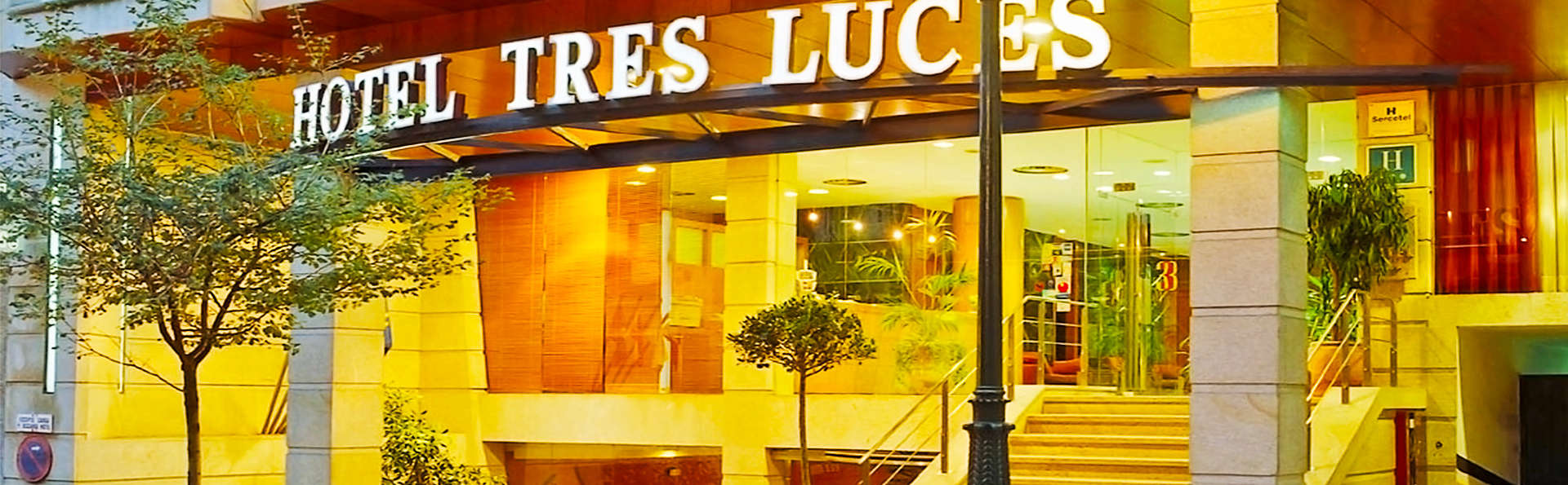 Hotel Sercotel Tres Luces - EDIT_1_fachada.jpg