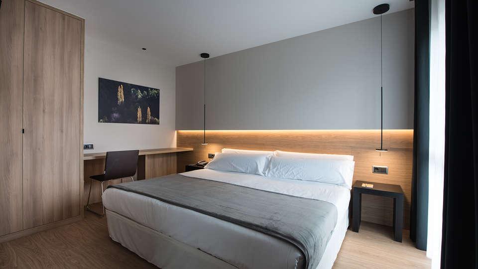 Hotel Terradets - EDIT_comfort1.jpg
