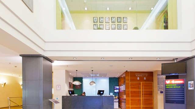 Hotel Vertice Sevilla - recepcion