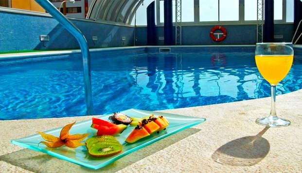 Hotel Vertice Sevilla - pool