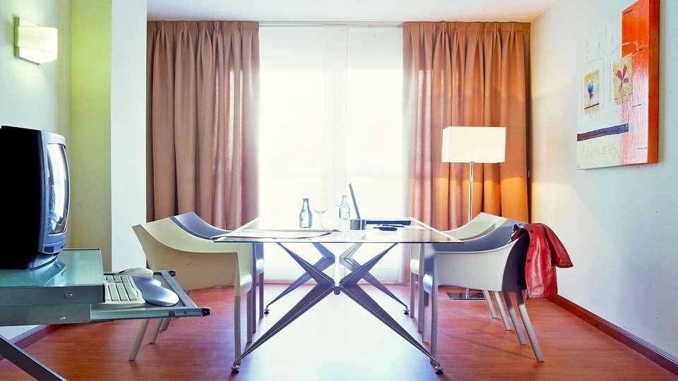 Hotel Vértice Sevilla - EDIT_20_habitacio.jpg