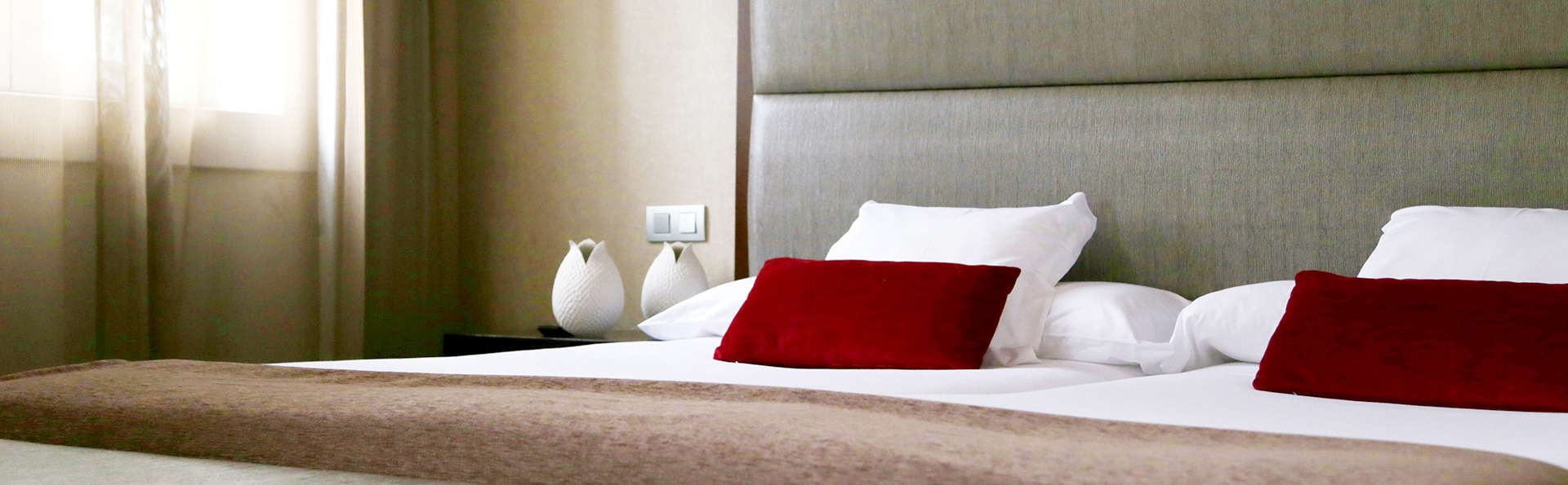 Hotel Compostela - EDIT_NEW_ROOM6.jpg