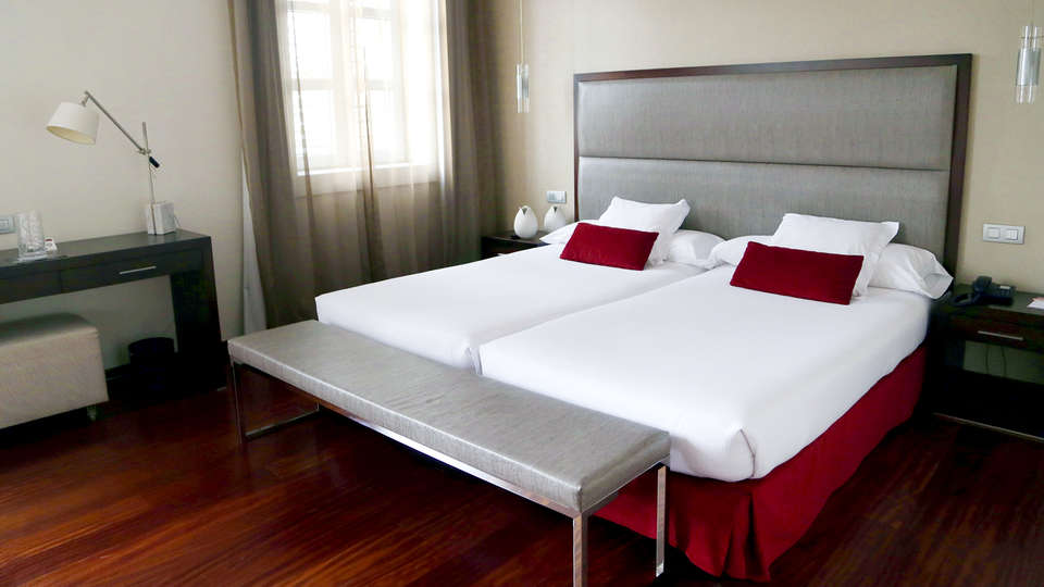 Hotel Compostela - EDIT_NEW_ROOM.jpg