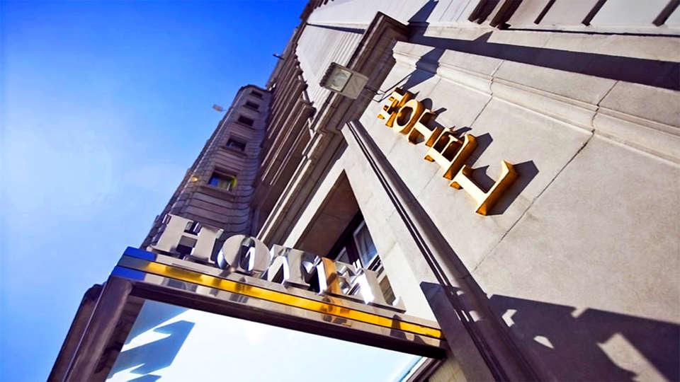 Hotel Vía Augusta - EDIT_1_fachadat.jpg