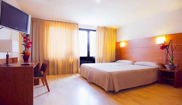 Descubre Barcelona en este acogedor hotel con botella de vino de regalo