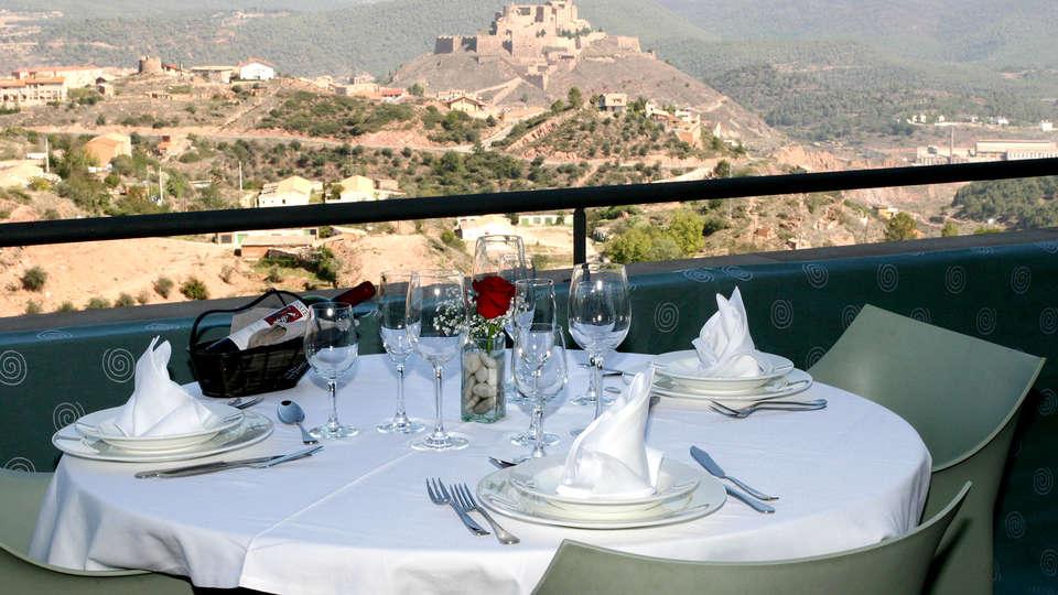 Vilar Rural de Cardona - Edit_Restaurant.jpg