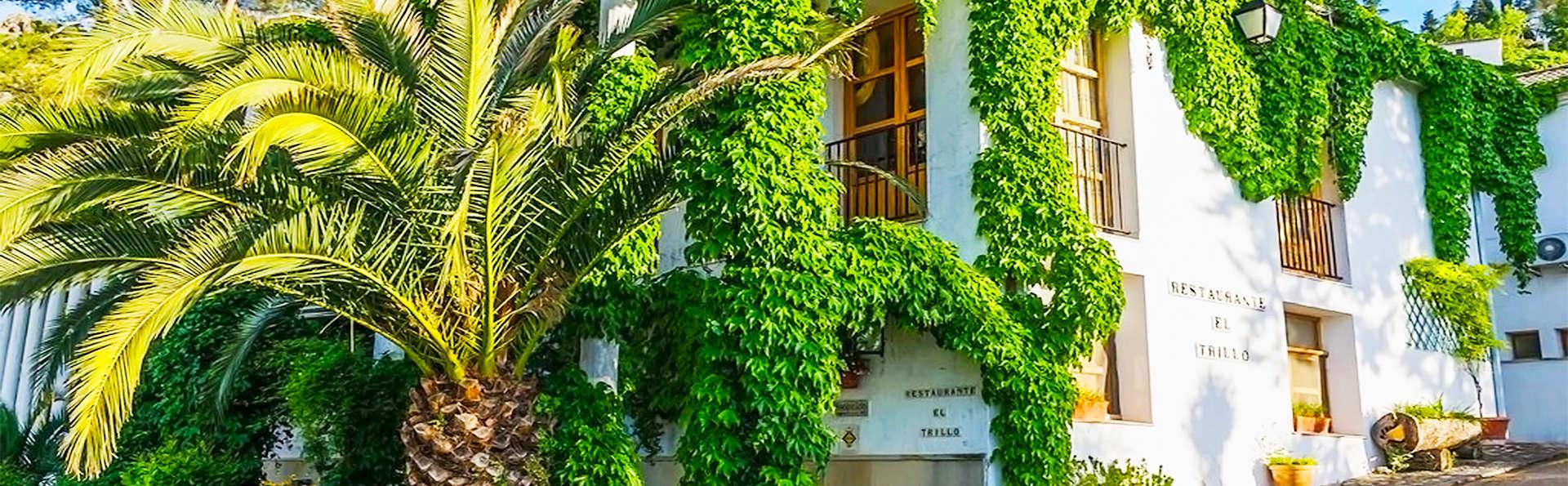 Hotel Villa de Cazorla - EDIT_0_fachada.jpg