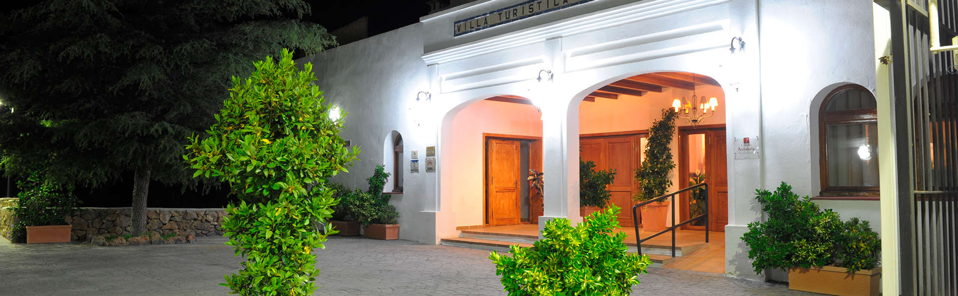 Hotel Villa de Laujar  - EDIT_front.jpg
