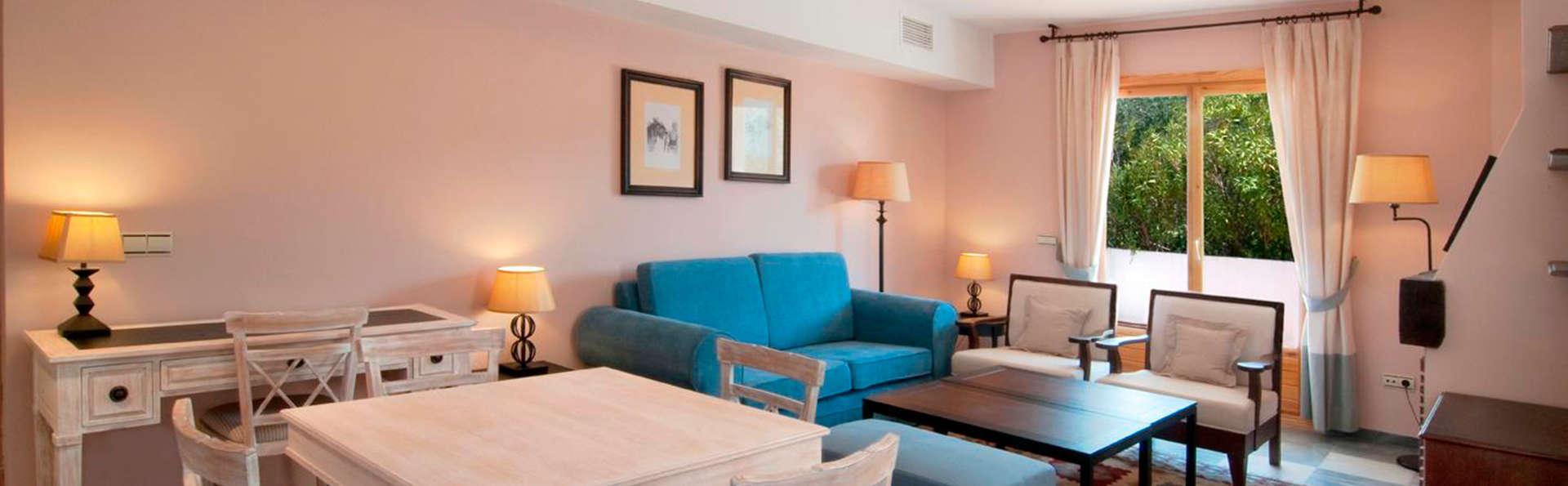 Hotel Villa de Laujar  - EDIT_salon.jpg