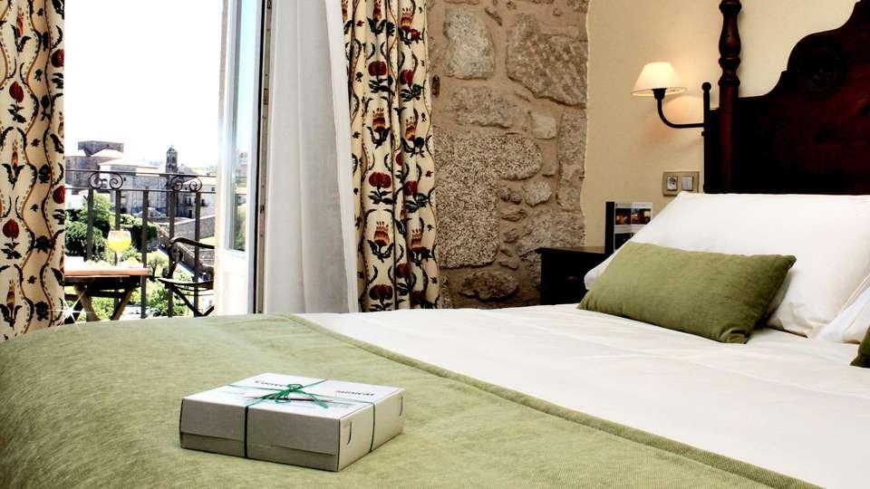 Hotel Virxe da Cerca - Edit_Room9.jpg