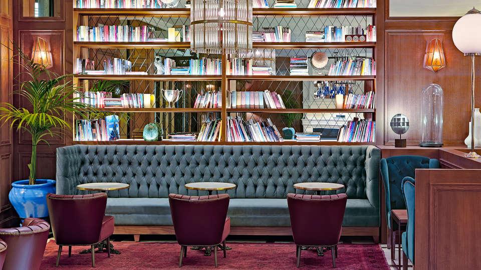 Boutique Hotel H10 Villa de la Reina - EDIT_NEW_lobby1.jpg