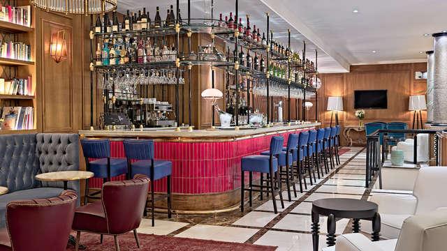 Boutique Hotel H Villa de la Reina - NEW bar