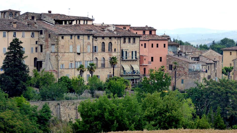 Palazzo Pacini - Edit_Destination.jpg