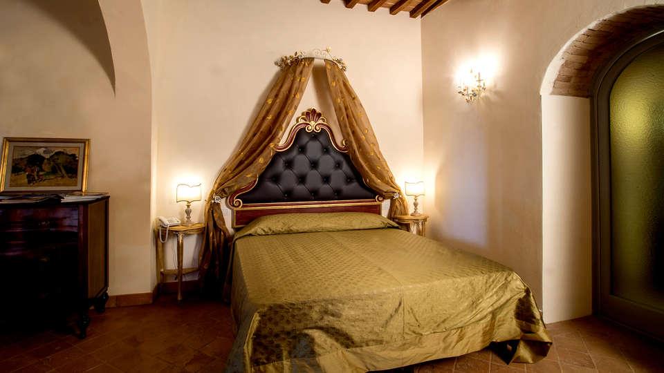 Palazzo Pacini - Edit_Restaurant3.jpg