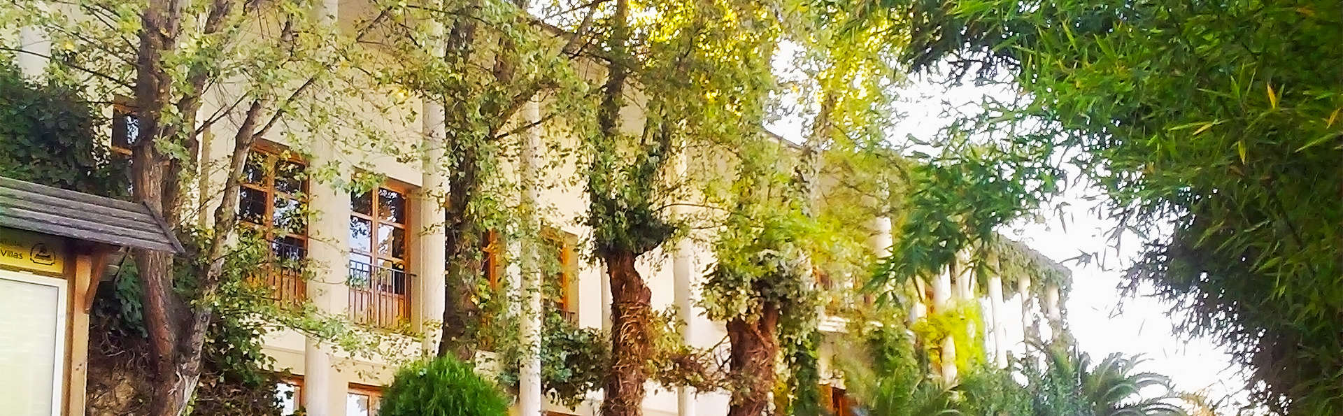 Hotel Villa de Cazorla - EDIT_2_fachada.jpg