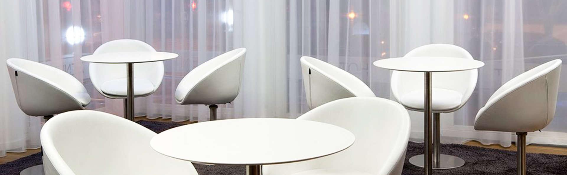 Hotel Zenit Conde de Orgaz - EDIT_lobby.jpg
