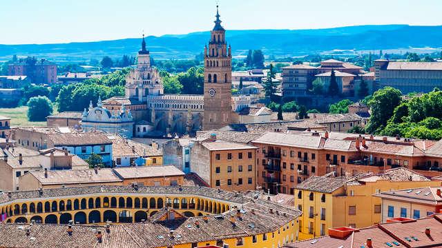Escapada para tres en un hotel céntrico en Zaragoza