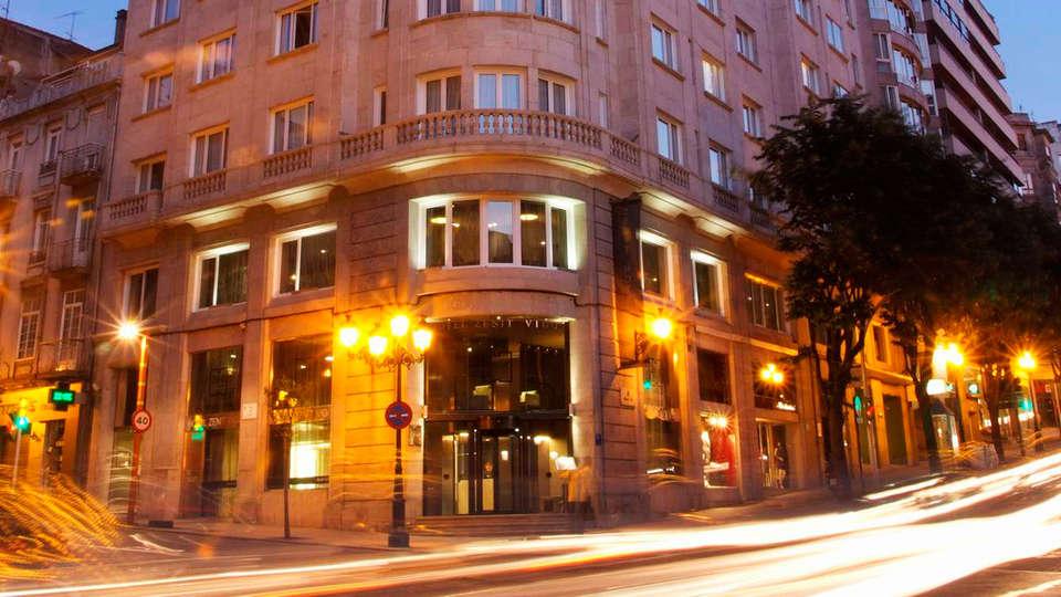 Hotel Zenit Vigo - EDIT_front.jpg