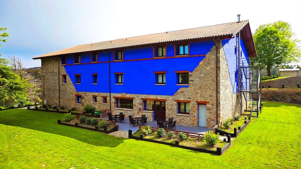 Hotel-Apartamento Rural Atxurra - EDIT_3_fachada.jpg