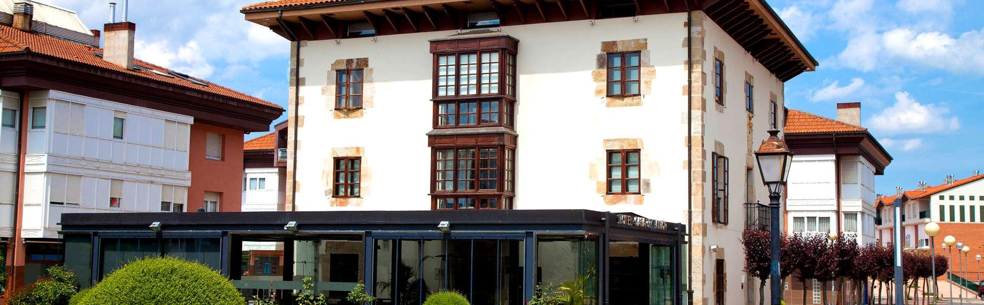 La Casa del Patrón - Edit_Front3.jpg