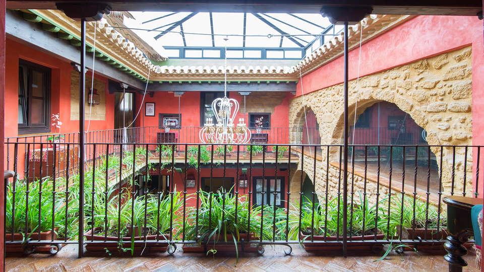 La Casona de Calderón Gastronomic & Boutique Hotel - EDIT_patio.jpg